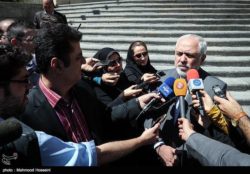 ظریف: مخالفت کانادا با برگزاری انتخابات ایران در این کشور را پیگیری می کنیم