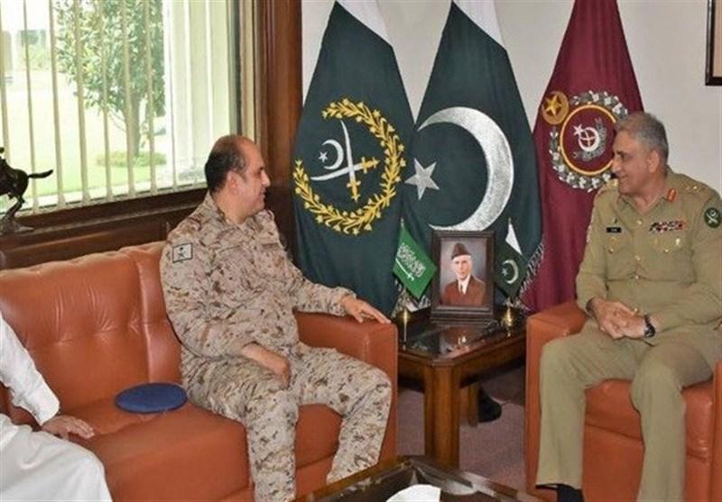 دیدار وزیر دفاع عربستان سعودی با فرمانده ستاد ارتش پاکستان