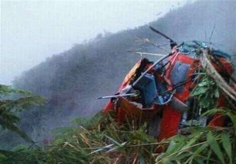 سقوط بالگرد امداد ونجات در اندونزی 8 کشته در پی داشت