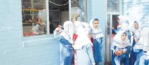 مواد خوراکی مجاز و غیرمجاز پایگاه های تغذیه سالم مدارس اعلام شد