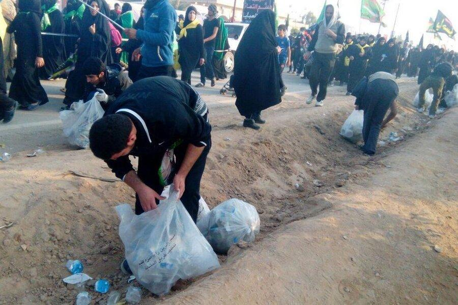 نظافت راستا نجف تا کربلا توسط نیروهای سازمان های مردم نهاد