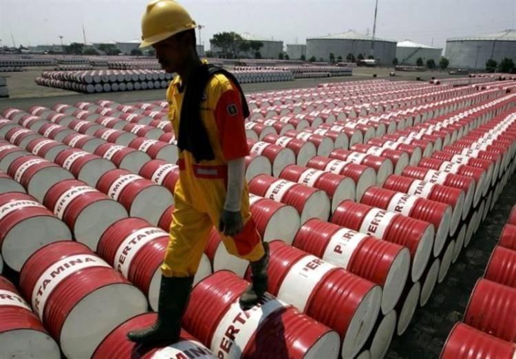 سقوط پیش بینی ها از آینده نفت و فلزات پایه