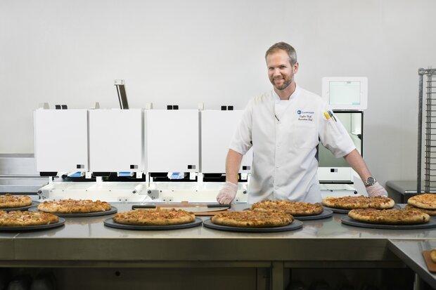 پیتزای ربات پز را در نمایشگاه CES 2020 بخورید