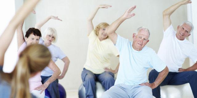 21 تمرین ورزشی برای سالمندان در منزل