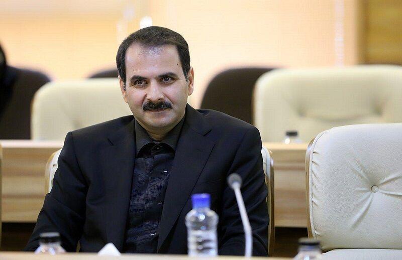 خبرنگاران سخنگوی ستاد مدیریت کرونا کرمانشاه: مردم در خانه بمانند