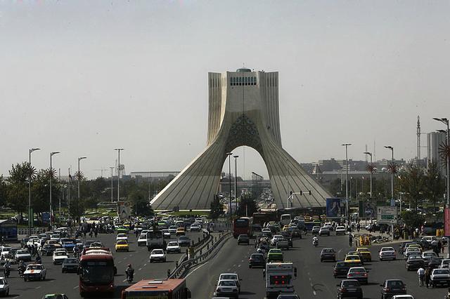 از کاهش بار ترافیکی بزرگراه یادگار امام(ره) تا تکمیل بزرگترین مرکز معاینه فنی پایتخت