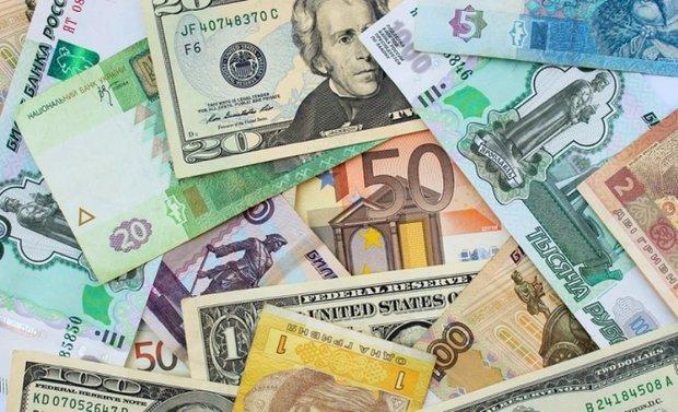 کاهش نرخ رسمی یورو و پوند، قیمت 9 ارز ثابت ماند
