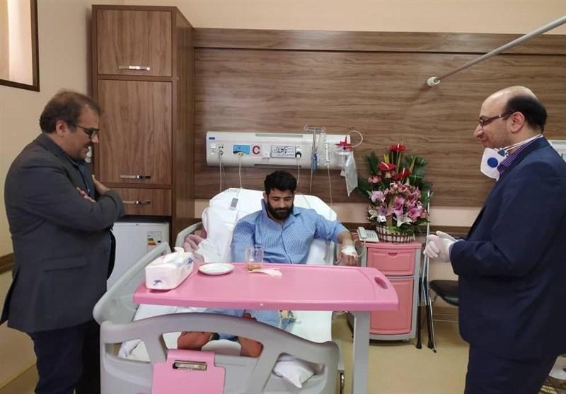 مسئولان وزارت ورزش از علیرضا کریمی عیادت کردند