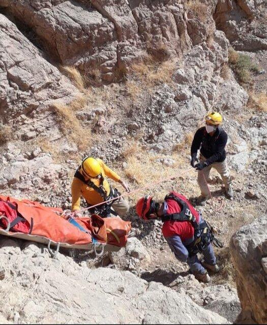 سقوط مرگبار مرد 45 ساله از کوه صفه