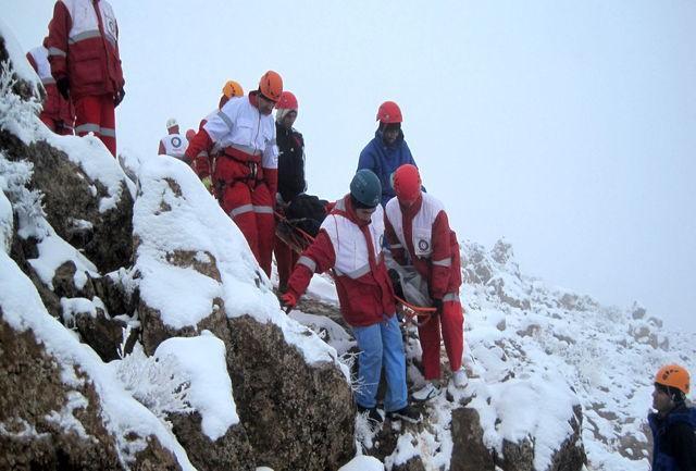 نجات 10 کوهنورد گرفتار در آبشار یخی شهرستان مرند