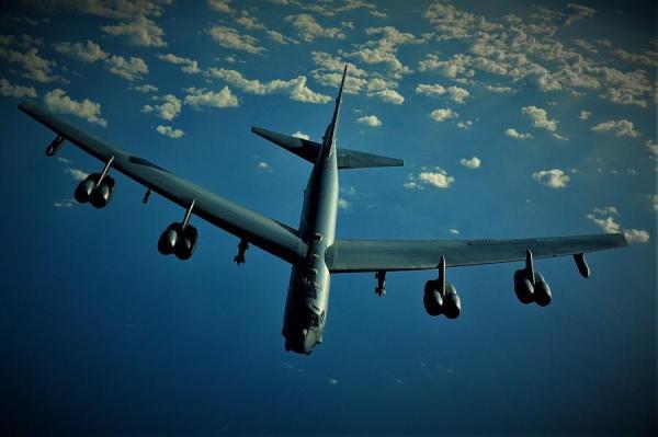 بمب افکن B-52 استراتوفورترس؛ پیرمرد بی رحم آمریکایی