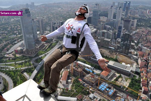 بیس جامپینگ، پرش از ارتفاع بدون طناب (فیلم)
