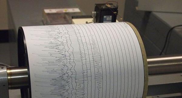 زلزله 4.9 ریشتری فاریاب کرمان خسارت نداشت