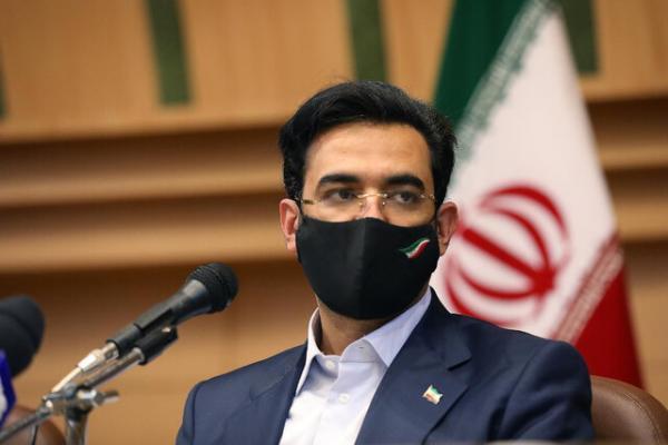 بهره برداری از طرح های ارتباطی استان فارس با حضور آذری جهرمی