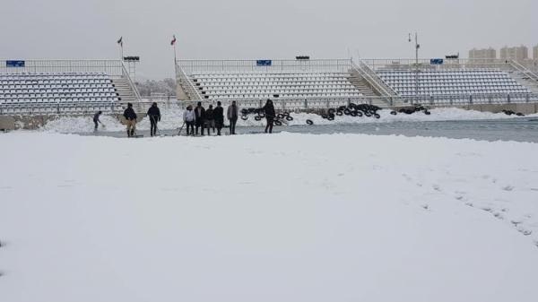 برف سنگینی که مانع برگزاری بازی شد!